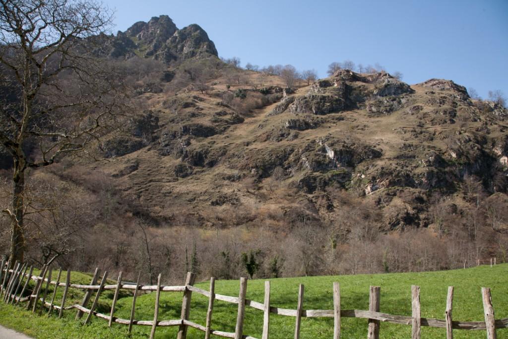 Montaña en  Braña Tronco