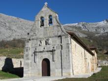 Iglesia de San Julián de Bárzana